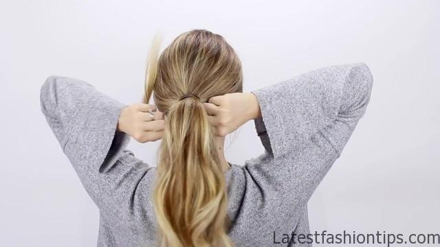 30-second-ponytail-hack 11