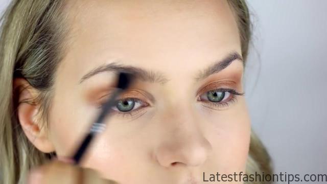 Natural Glam & Glow Makeup Tutorial 10
