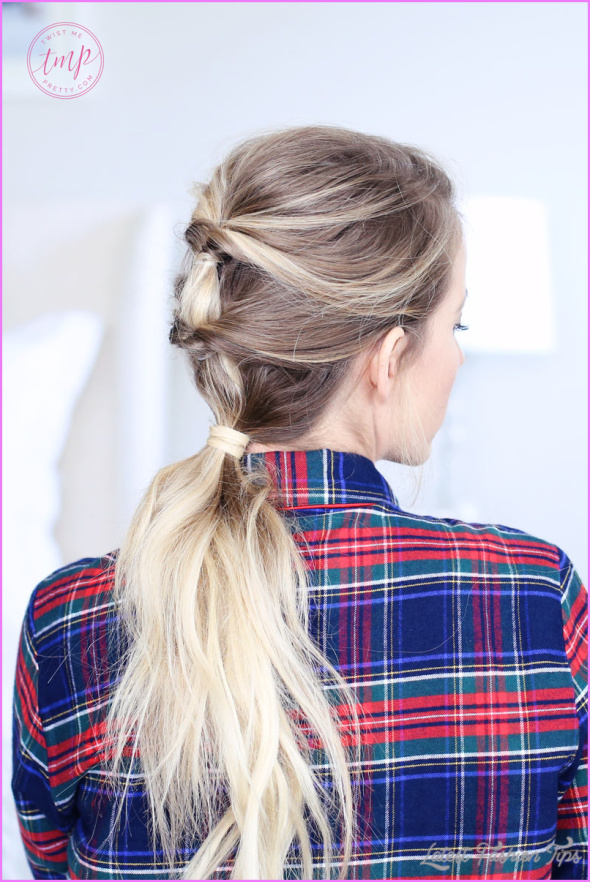 Christmas Morning Hairstyles Quick and Easy_1.jpg