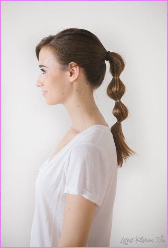 Christmas Morning Hairstyles Quick and Easy_14.jpg