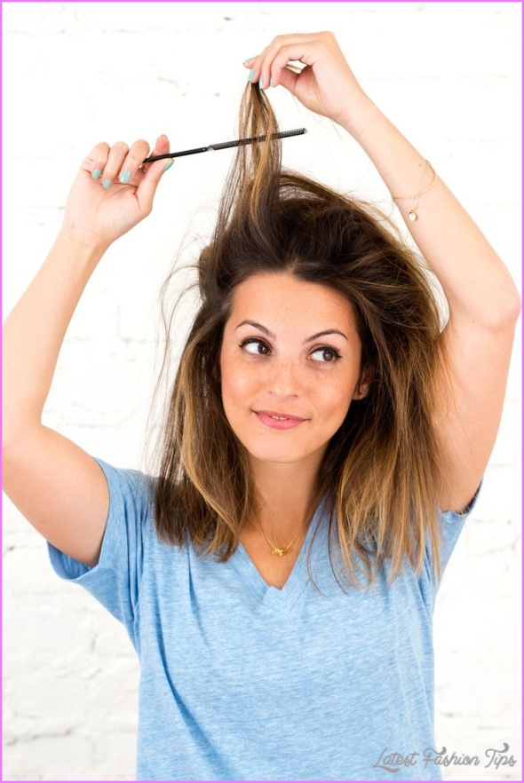 Christmas Morning Hairstyles Quick and Easy_2.jpg