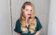retro-waves-and-makeup-get-ready-with-me 55