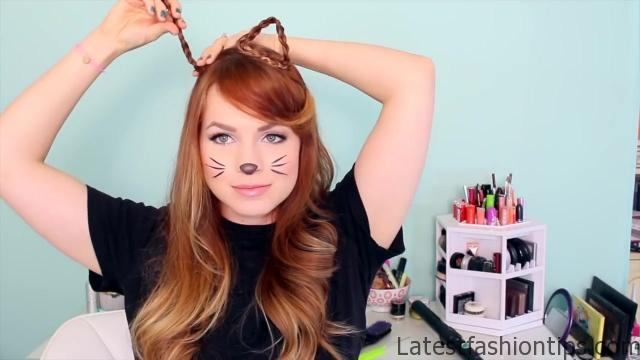 2 Ways to Make Cat Ears with Your Hair!_HD720 06