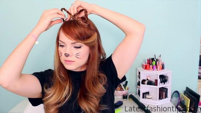 2 Ways to Make Cat Ears with Your Hair!_HD720 07
