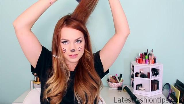2 Ways to Make Cat Ears with Your Hair!_HD720 08