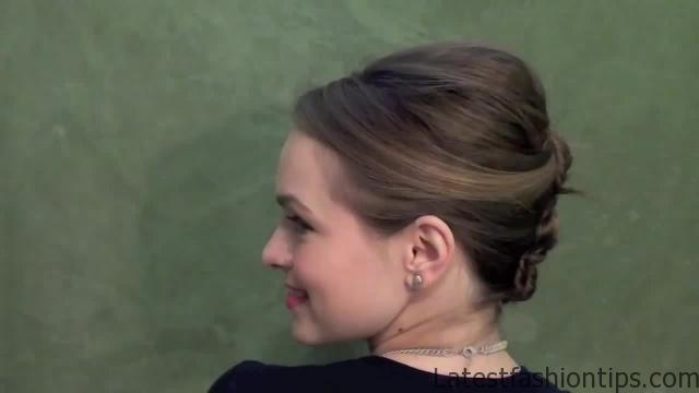 3 Pretty Updos for your Second Day_HD720 02
