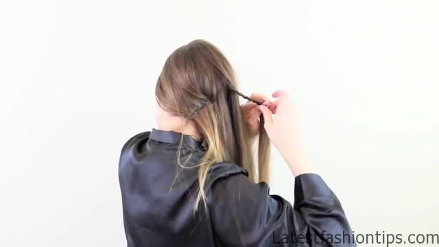 3 Valentines Hairstyles for Every Occasion!_HD720 16