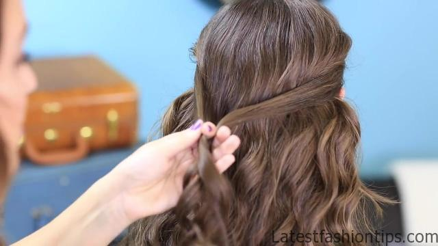 3 Ways to Wear a Celtic Knot _ St. Patrick's Day Hairstyles_HD720 06