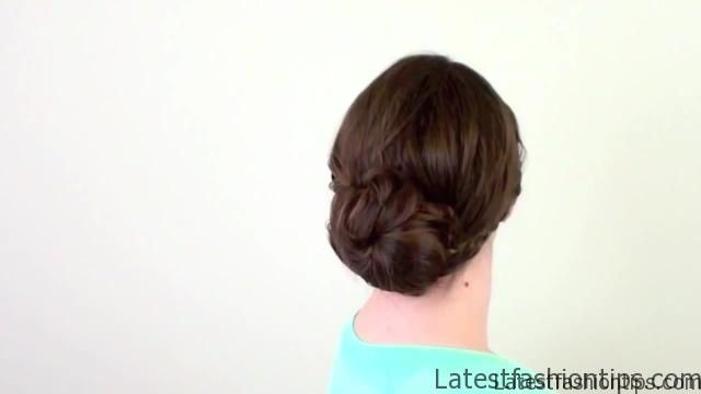 4 Quick Christmas Morning Hairstyles!_HD720 13