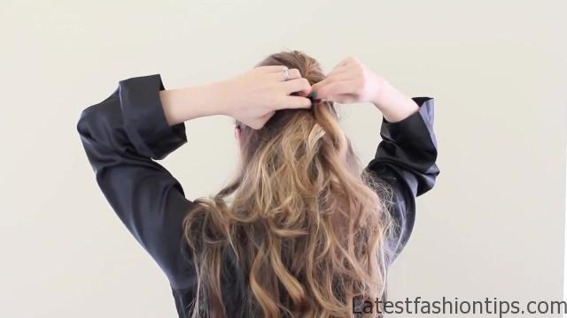 Amanda Seyfried's Oscars Hair Tutorial_HD720 05