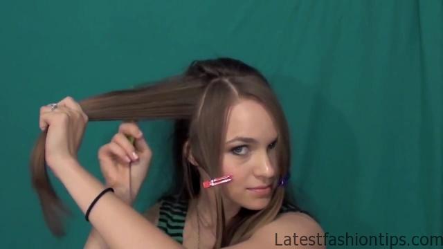 Beautiful Half Up Half Down Hairstyle_HD720 07
