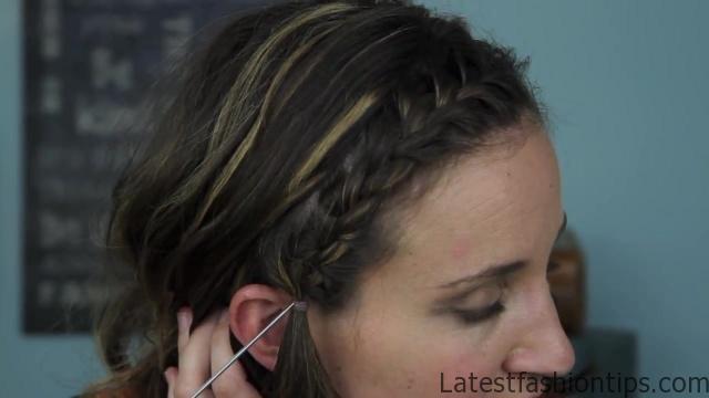 Bow Braid Headband {DIY} _ Catching Fire _ Hunger Games Hairstyles_HD720 05