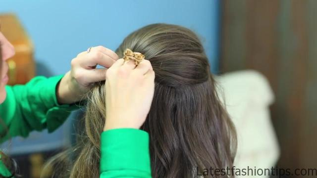 Braided Half Up _ Hairstyles for Prom_HD720 12