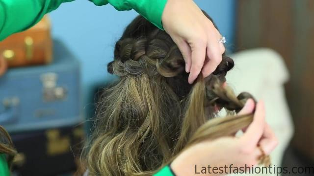 Braided Half Up _ Hairstyles for Prom_HD720 18
