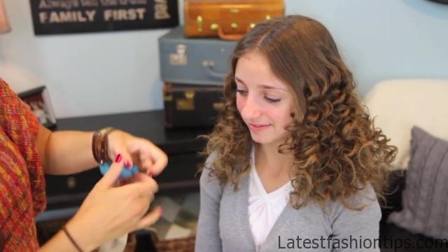 Cocoon Curls _ Easy No-Heat Curls _ Cute Girls Hairstyles_HD720 34