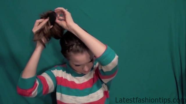 Cute Without Trying Bun - Back To School Updos 4_HD720 10