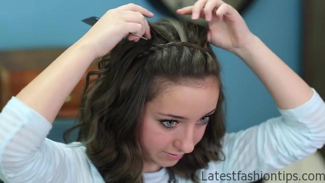 DIY Faux Waterfall Headband _ Cute Girls Hairstyles_HD720 16