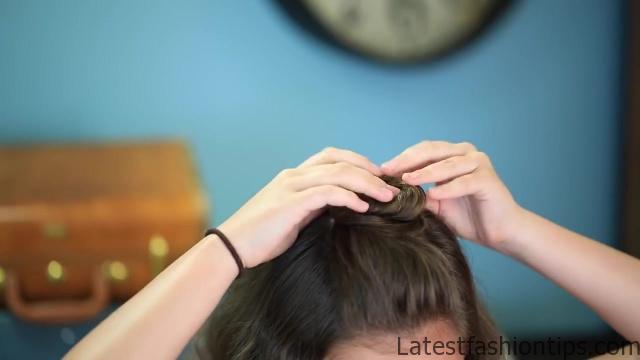 DIY Half-Up Bun _ Easy Hairstyles_HD720 09