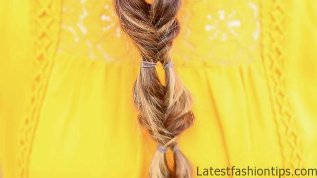 Double Bubble Fishtail Braid _ Cute Girls Hairstyles_HD720 02