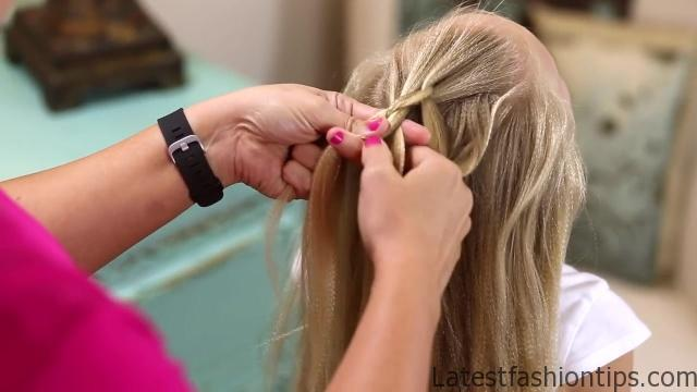 Dutch 3D Braid _ Hairstyles for Sports_HD720 09