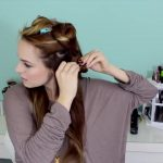 Easy Beachy Half Up Hairstyle for the Holidays!_HD720 07