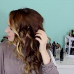 Easy Beachy Half Up Hairstyle for the Holidays!_HD720 09