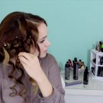 Easy Beachy Half Up Hairstyle for the Holidays!_HD720 10