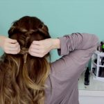 Easy Beachy Half Up Hairstyle for the Holidays!_HD720 13