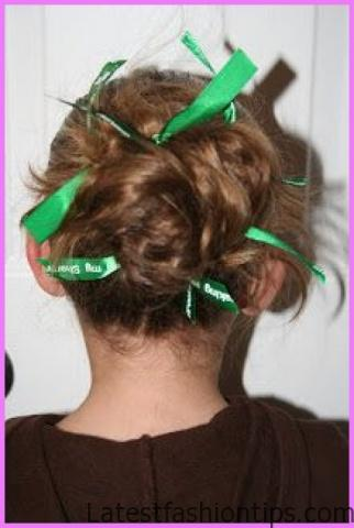 Accent Braid into Messy Bun Hairstyles_6.jpg