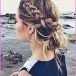 Accent Braid into Messy Bun Hairstyles_8.jpg