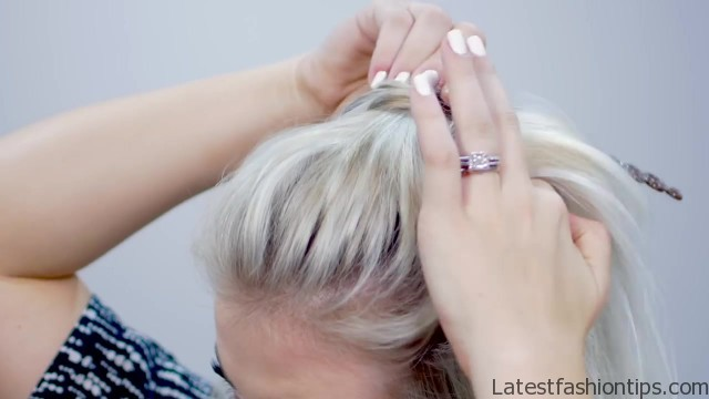 9 helpful hair tools for short hairstyes 13 9 HELPFUL HAIR TOOLS FOR SHORT HAIRSTYES