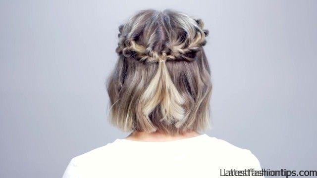 hairstyle of the day topsy tail crown hairstyle for short hair 23
