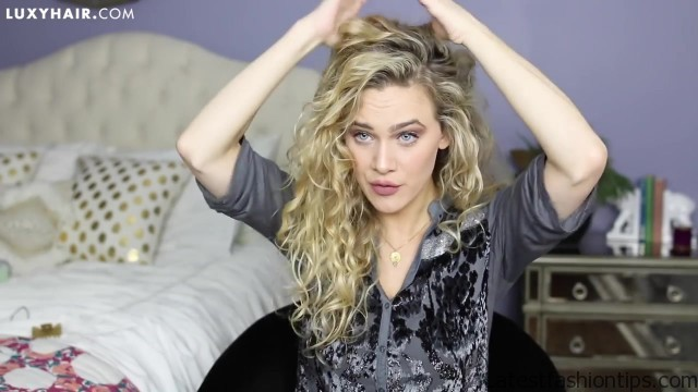 curly hairstyles 3 quick easy looks for the holidays 41
