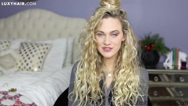 curly hairstyles 3 quick easy looks for the holidays 48