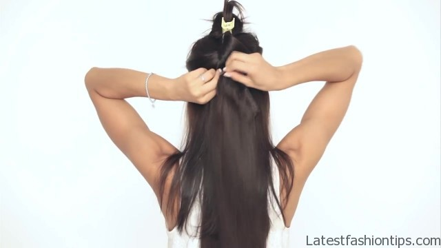 how to clip in luxy hair extensions 17 How to Clip In Hair Extensions