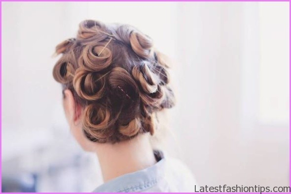 How to Make Your Curls Last Longer Hairstyles_1.jpg