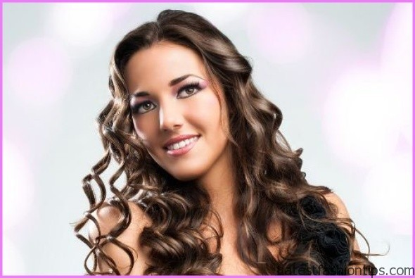 How to Make Your Curls Last Longer Hairstyles_17.jpg