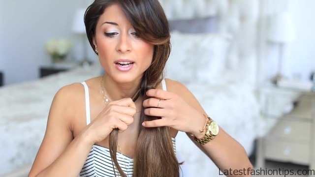loop side ponytail cute hairstyle 17