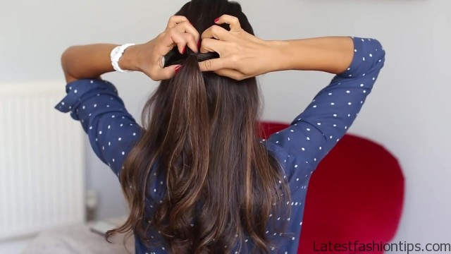 soft romantic ponytail hairstyle 09