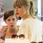 Taylor Swifts AMAs Figure Eight Braided Ponytail Hairstyle_11.jpg