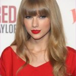 Taylor Swifts AMAs Figure Eight Braided Ponytail Hairstyle_6.jpg