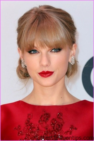 taylor swifts amas figure eight braided ponytail hairstyle 9 Taylor Swifts AMAs Figure Eight Braided Ponytail Hairstyle
