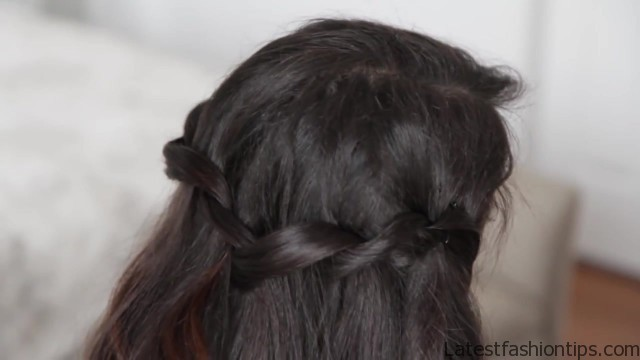 twisted waterfall hairstyle 23