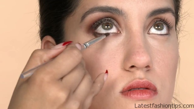 3 colorful eye makeup looks tutorial short cuts 14