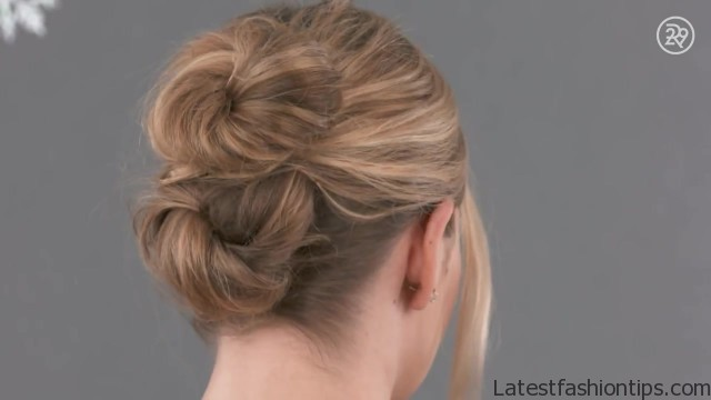 3 easy gorgeous holiday hairstyles to recreate beauty in a snap 04