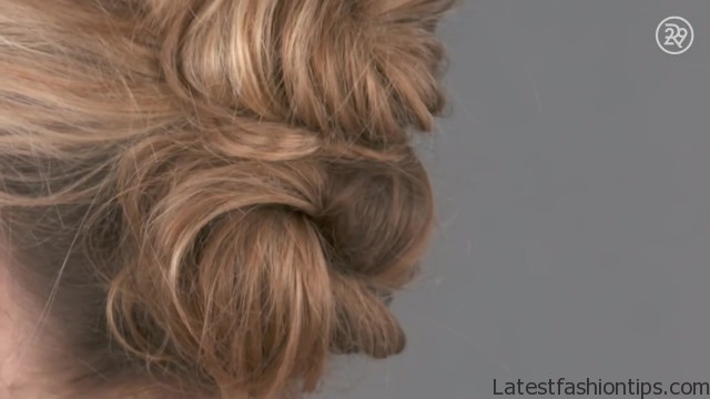 3 easy gorgeous holiday hairstyles to recreate beauty in a snap 15