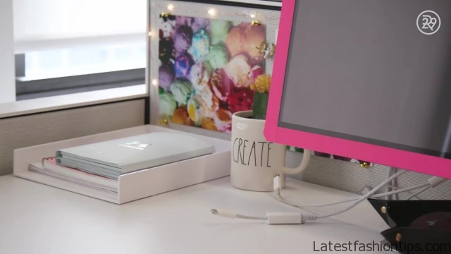 5minute desk organization with lucie fink bea organized 29