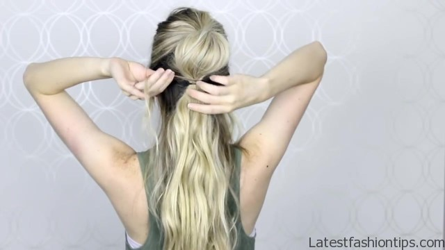 how to easy bubble ponytail medium long hair 15