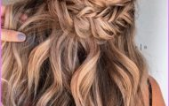 HOW TO Half-up Half-down Festival Hair Tutorial Fishtail braid_0.jpg