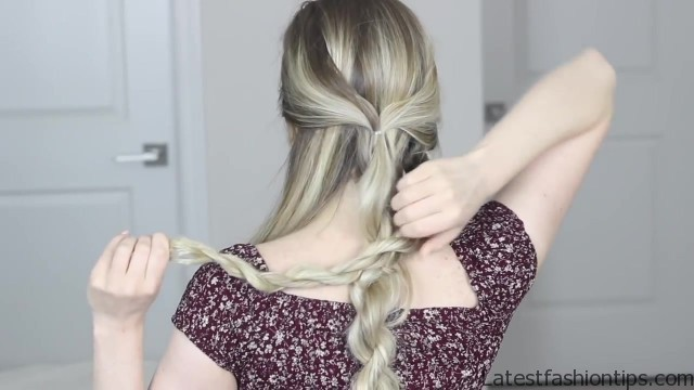 how to messy updo hair tutorial 22 HOW TO Messy Updo Hair Tutorial
